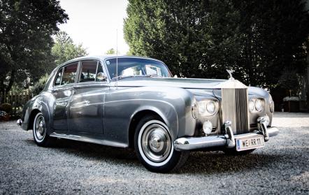 Mit im Fotoangebot - der Rolls Royce