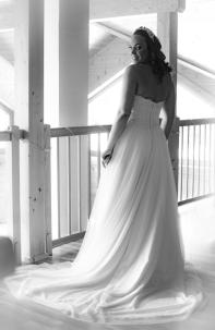 noch zuhause....und so schön! Die Braut strahlt!