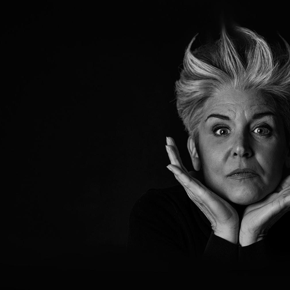 Cover shooting, künstlerische Portraitfotos, Fotograf, Linz, Salzburg, Wels, Sängerin